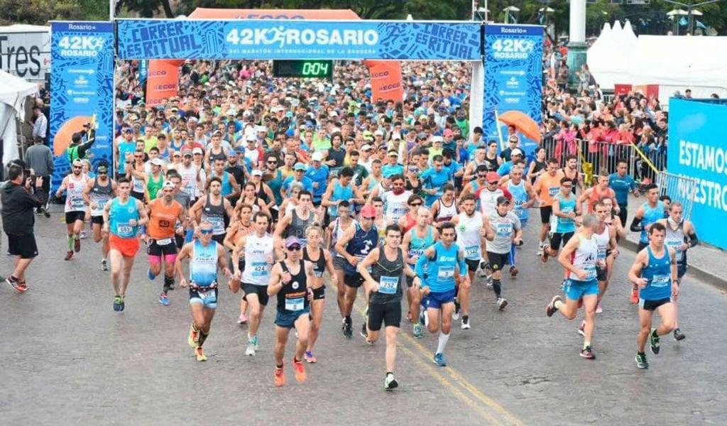 Se realizan unas 28 pruebas atléticas de largo aliento al año en Rosario. Foto:Archivo.