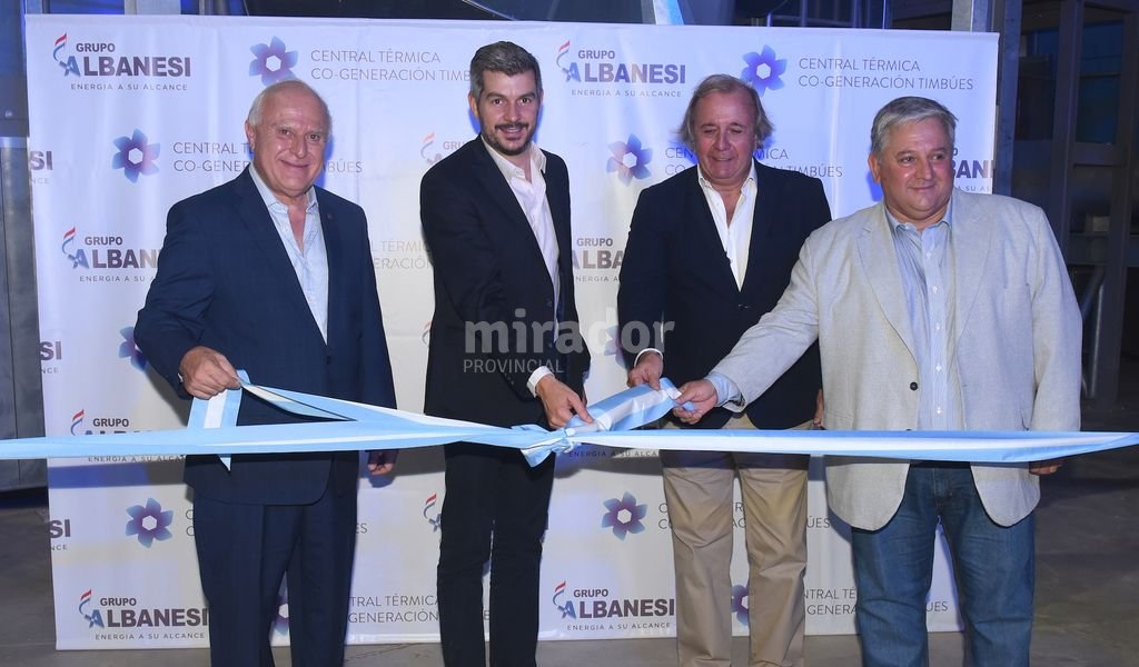 Marcos Peña estuvo junto a Lifschitz en la apertura de la central. Foto:Gentileza: prensa Gobierno de Santa Fe.